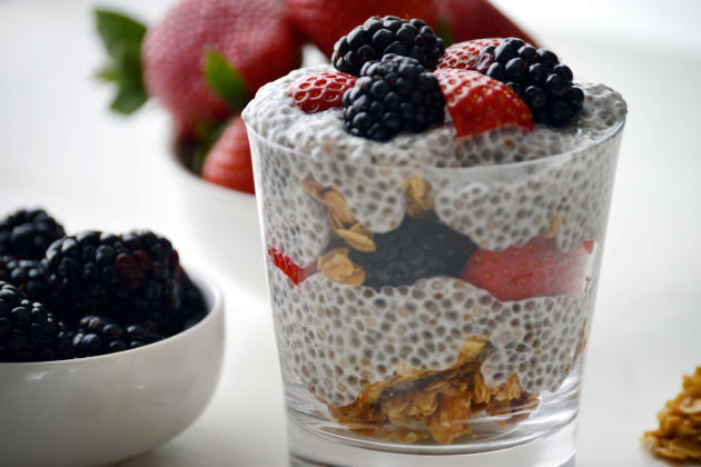 Video: How to Make a Soaked Chia Seed Parfait