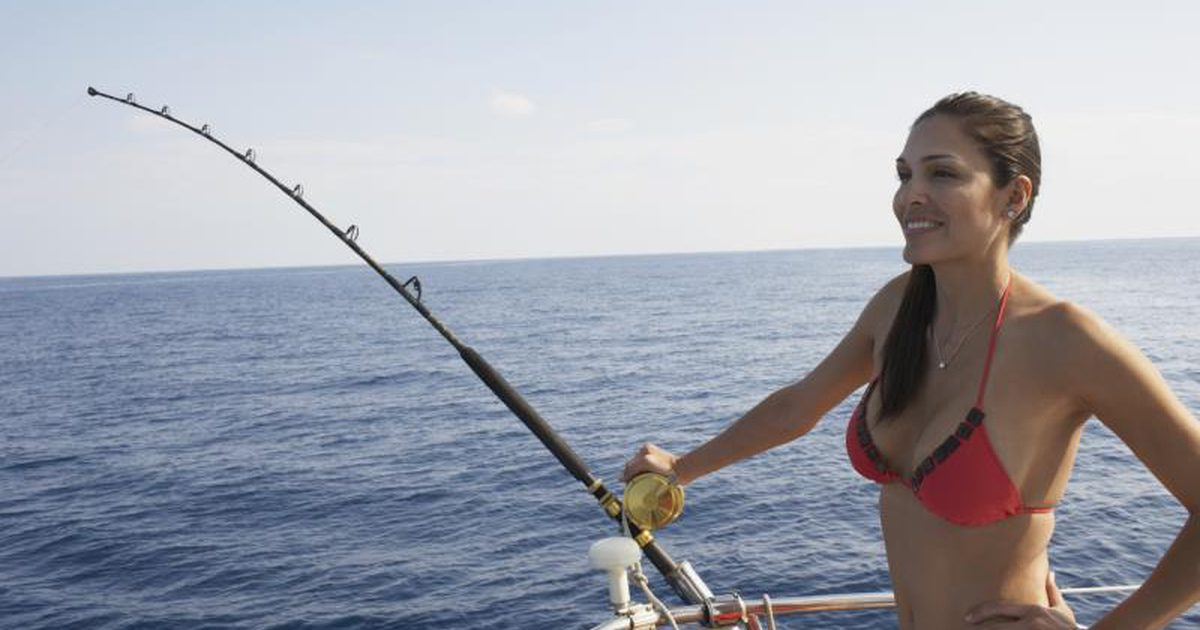 What is saltwater fishing photo