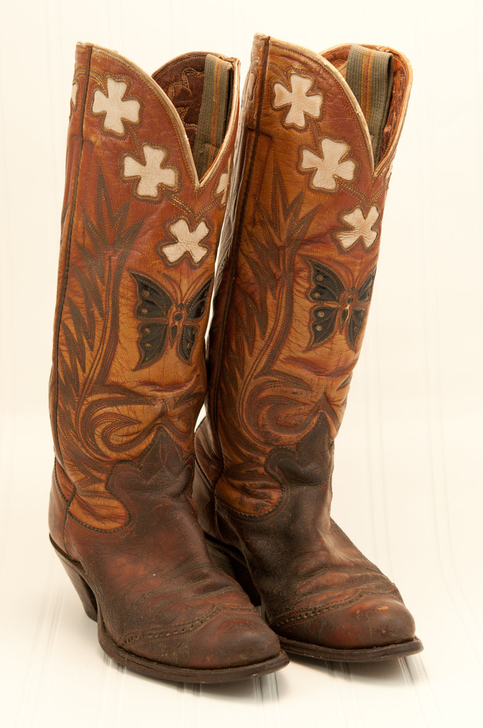 old cowboy boots picture