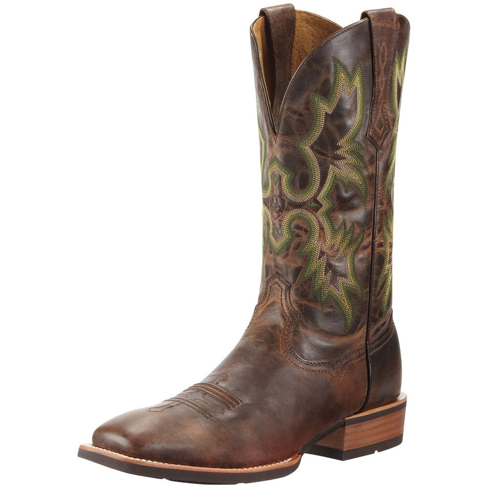 picture of cowboy boots photo