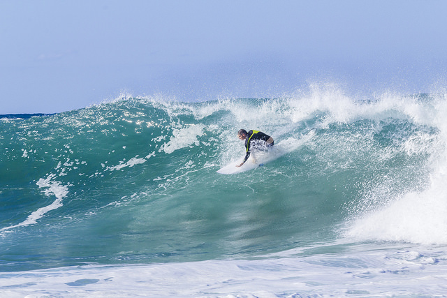Big Swell at Werri Beach surfing big photo