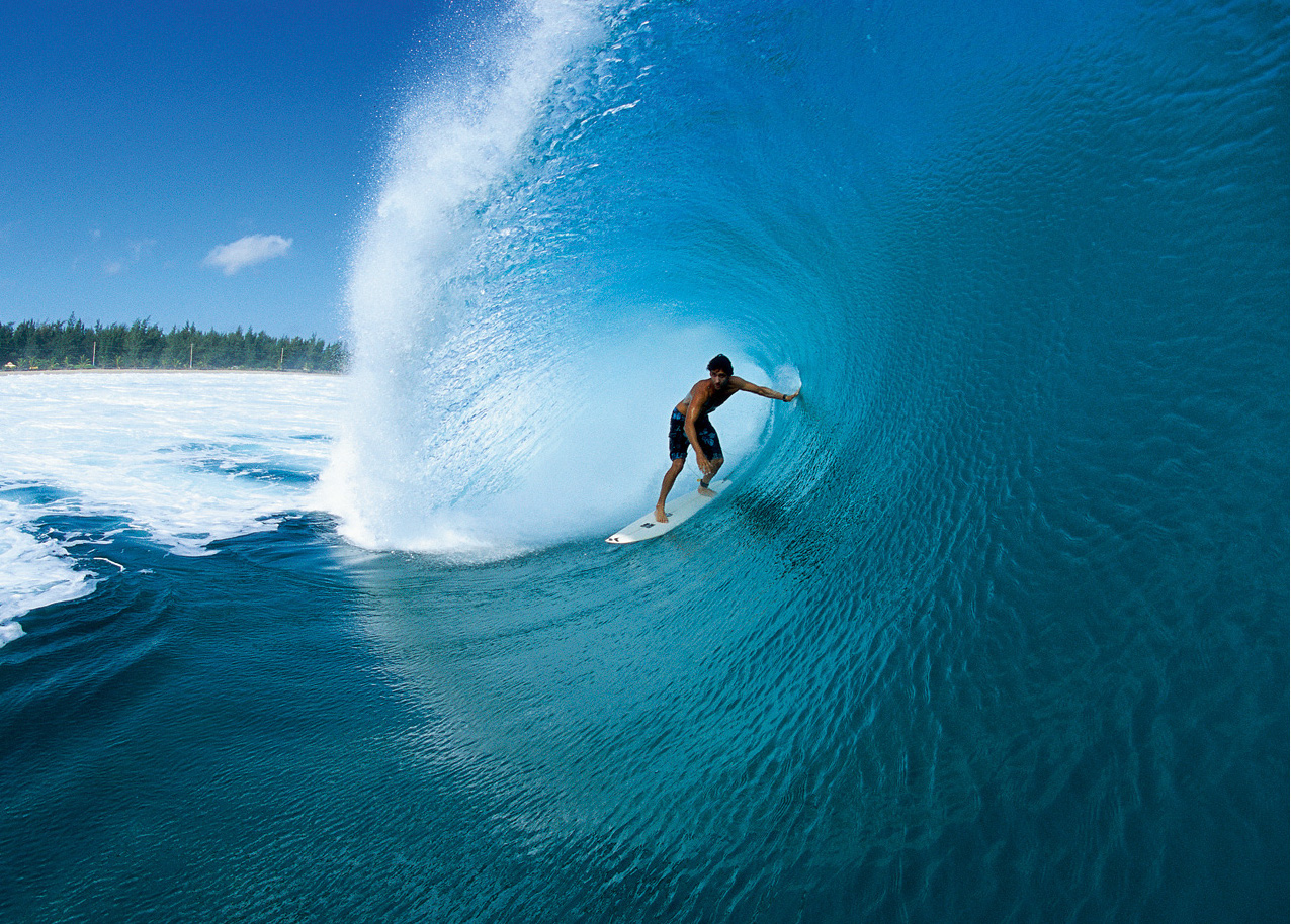 Surfing Pictures & Surf Photos – Drop In a Wave!